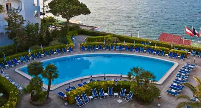 Hotel Alexander Terme-Piscina2_Ischia porto