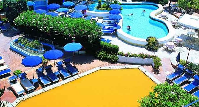 Hotel Royal Terme - vista aerea- ischia porto