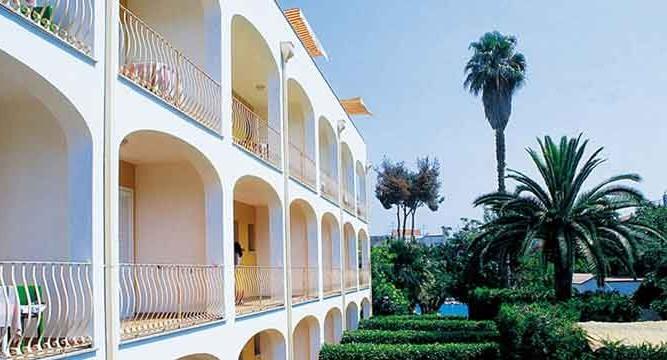 Hotel San Giovanni - Particolare Facciata- Ischia porto