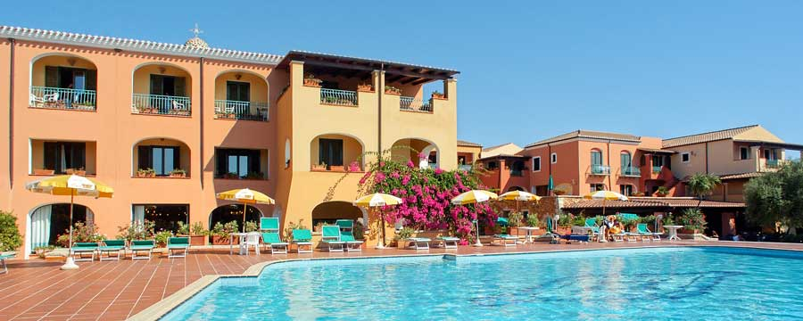 Club_Hotel_Torre_Moresca_piscina_Orosei