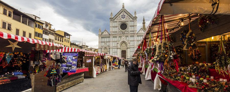 mercato-di-natale-in-santa-croce-firenze-900x360