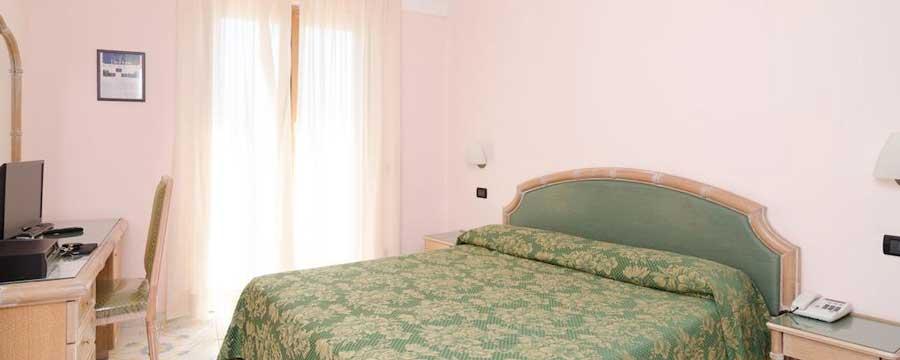 Hotel-Terme-Saint-Raphael_camera