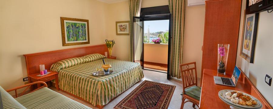 Volo INCLUSO - Hotel Martello (Lampedusa) - Gialpi Travel