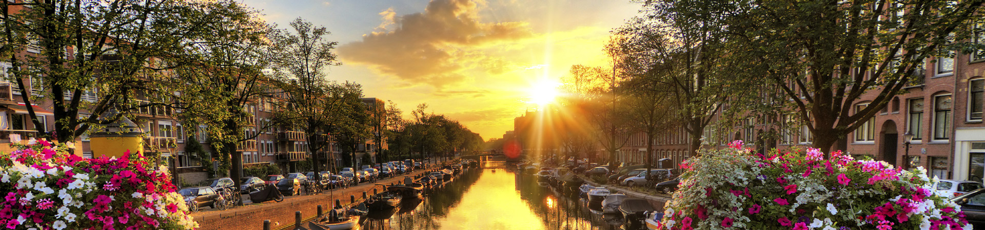 Slider-Amsterdam-iStock_000048084840_Large