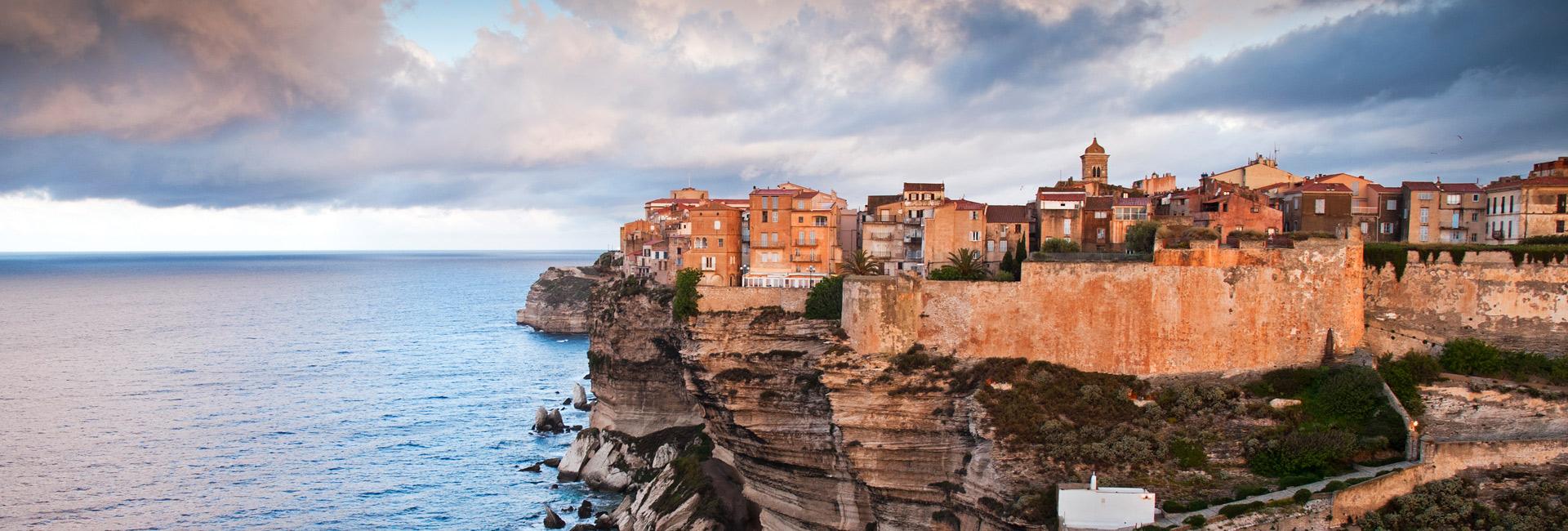 Corsica-e-Sardegna_iStock_000022385026_Large