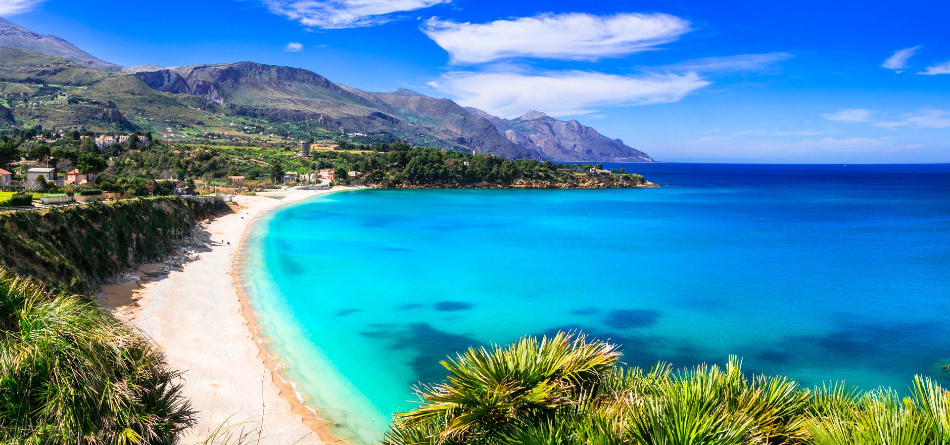 SCOPELLO_Sicilia_AdobeStock_197523236